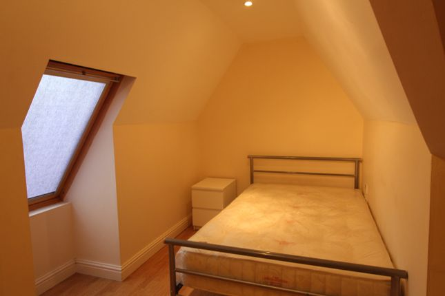 Thumbnail Flat to rent in Richmond Road, Roath, Cardiff