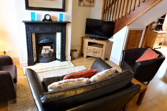 Thumbnail Cottage to rent in Grove Terrace, Helsby