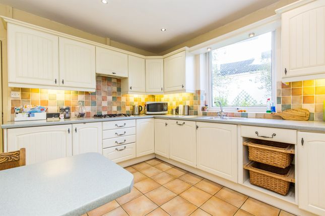 Thumbnail Detached house for sale in Lavernock Road, Penarth