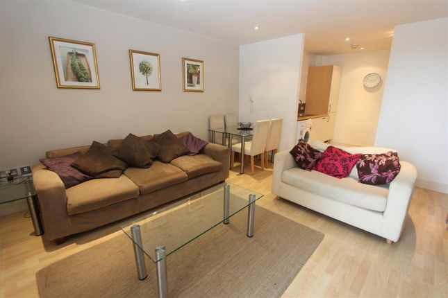 Thumbnail Flat to rent in Bowman Lane, Hunslet, Leeds