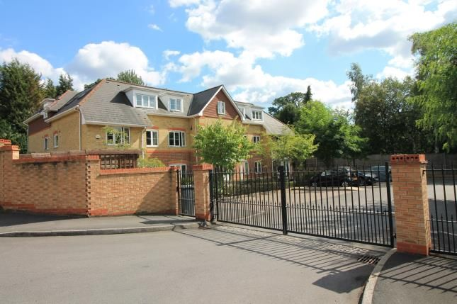 Thumbnail Flat for sale in Badgers Copse, Camberley, Surrey