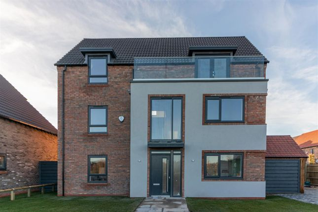 Thumbnail Detached house for sale in Plot 48, Hawfinch Meadows, Retford