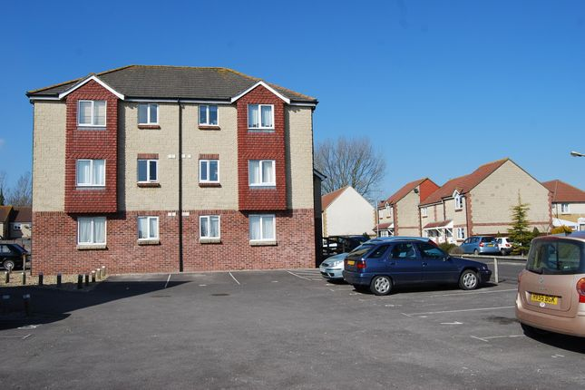Thumbnail Flat to rent in Clare House, Deansleigh Park, Shaftesbury, Dorset