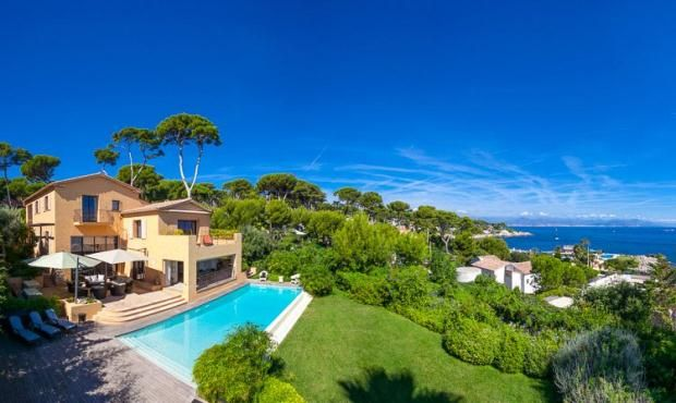 Thumbnail Property for sale in Cap D'antibes, French Riviera, 06160