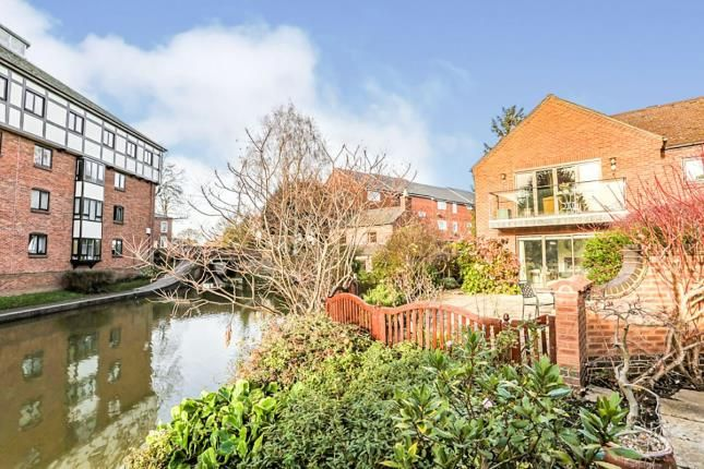Thumbnail Flat for sale in Bancroft Place, Bancroft Place, Stratford-Upon-Avon, Warwickshire
