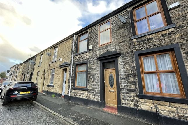 3 bed terraced house to rent in Wood Street, Bury, Lancashire BL8