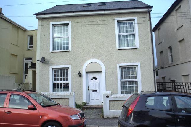 Studio to rent in Albion Road, Gravesend DA12