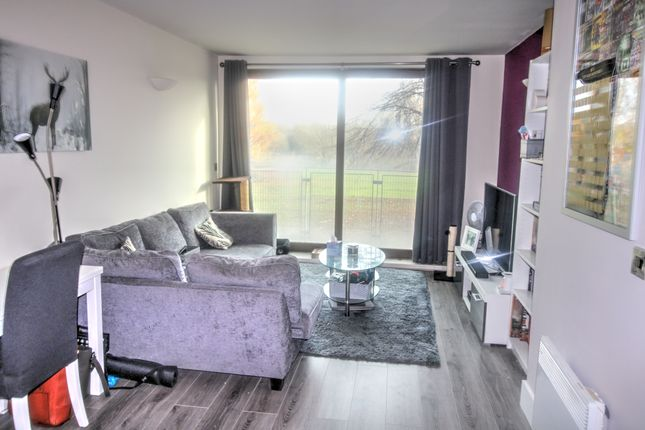 Lounge of Isaac Way, Manchester M4