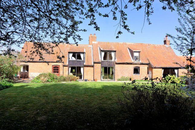 Thumbnail Cottage for sale in Kirtons Lane, Long Bennington, Newark