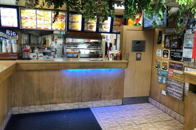 Thumbnail Restaurant/cafe for sale in Beehive Lane, Ilford