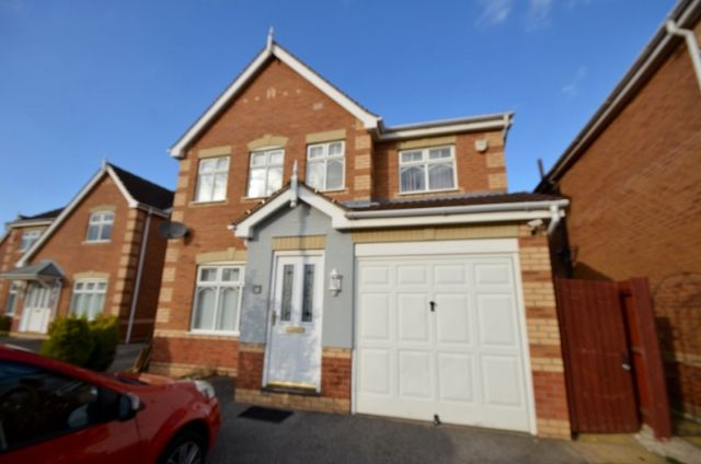 Thumbnail Detached house to rent in Wren Crescent, Scartho Top, Grimsby