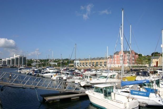 Thumbnail Flat to rent in Harbour Road, Portishead, Bristol