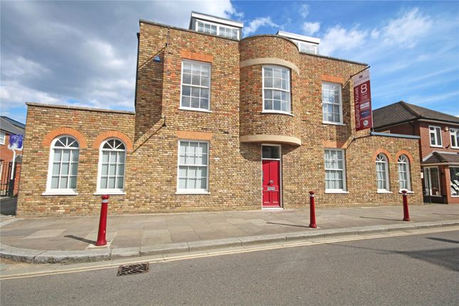 Thumbnail Flat for sale in Chertsey, Surrey