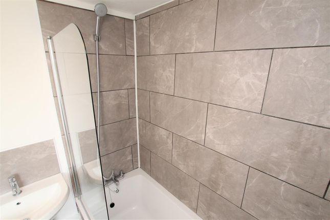 Bathroom 2 of Heol Y Waun, Seven Sisters, Neath SA10