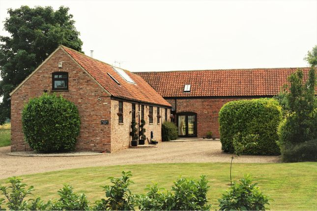Thumbnail Barn conversion for sale in Swinethorpe, Newark