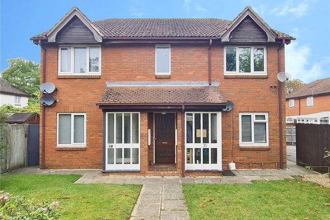 1 bed flat for sale in St. Peters Gardens, Wrecclesham, Farnham GU10