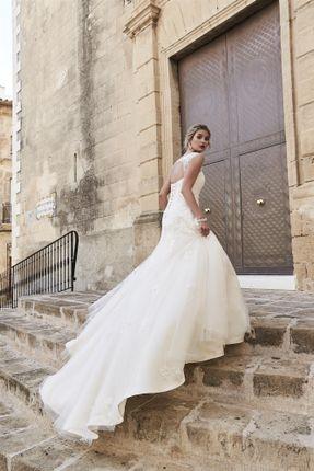 Photo 6 of Bridal Wear WF14, West Yorkshire