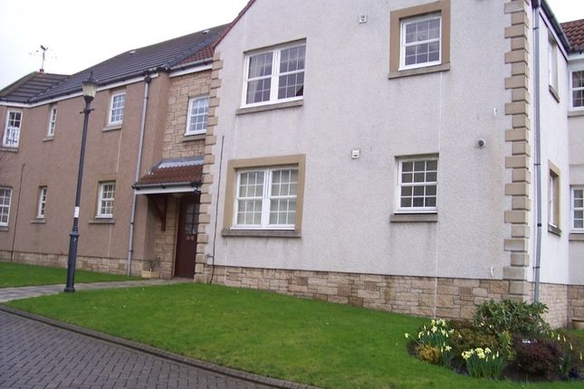 Thumbnail Flat to rent in Mid Street, Kirkcaldy