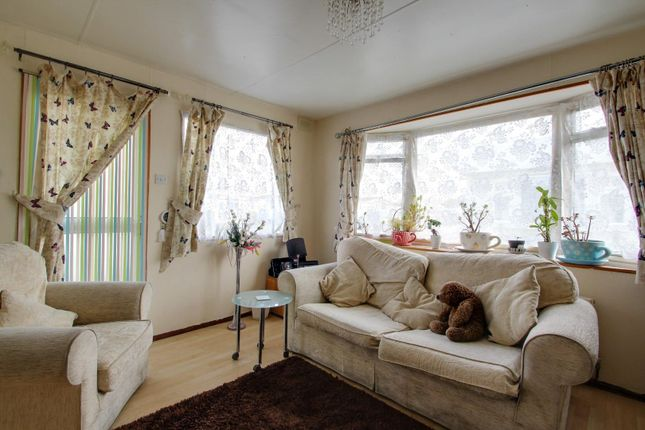 Lounge of Meadow View Park, St. Osyth Road, Little Clacton, Clacton-On-Sea CO16