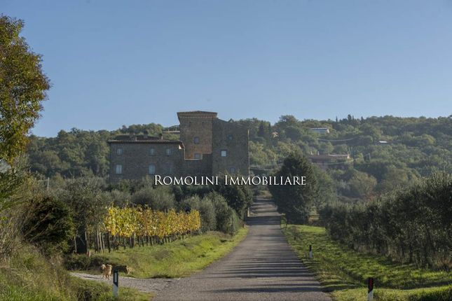 2 bed apartment for sale in Magione, Umbria, Italy