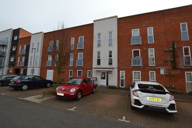 Flat to rent in Gaskell Place, Ipswich