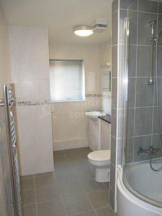 Img_3403_Bathroom
