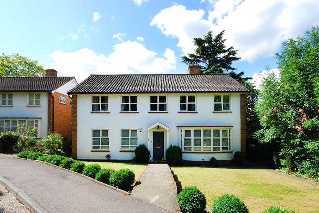 Thumbnail Maisonette to rent in Baird Gardens, Upper Norwood