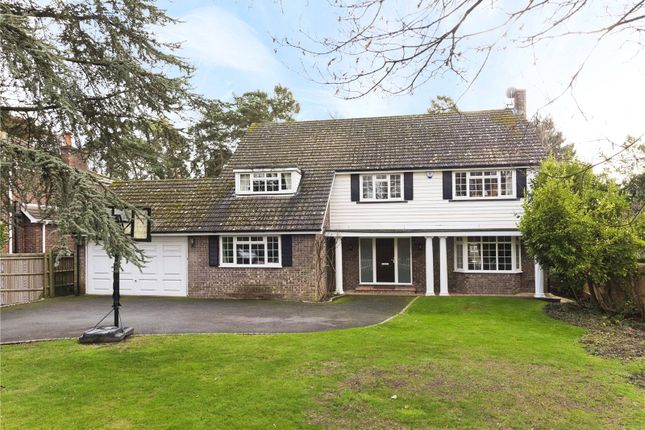 Thumbnail Detached house to rent in Leigh Hill Road, Cobham, Surrey