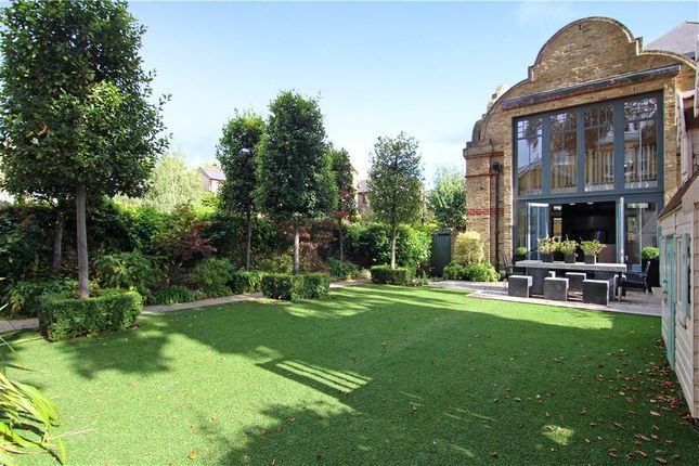 Thumbnail Semi-detached house to rent in Ridgway, London