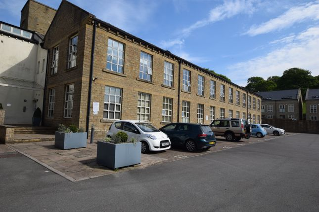 1 bed flat for sale in The Park, Penistone Road, Kirkburton HD8