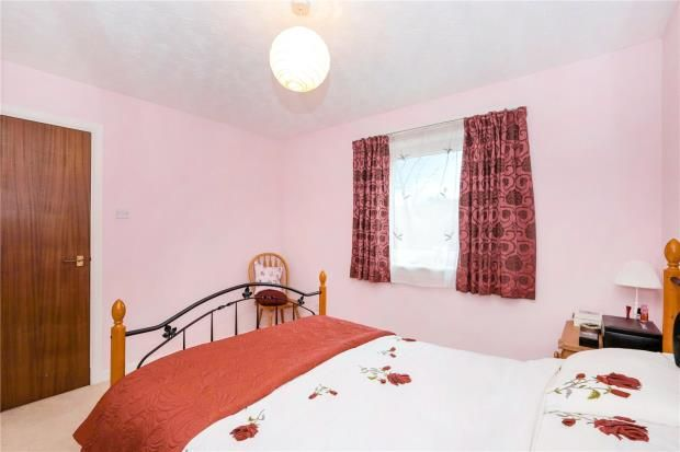 Bedroom 1 of Carleton Gate, Giffnock, Glasgow G46
