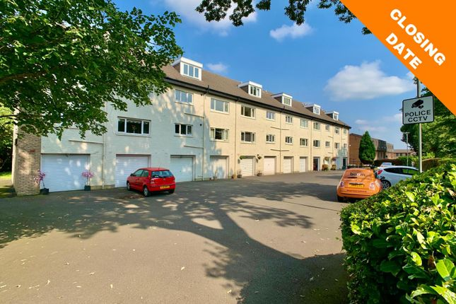 Thumbnail Flat for sale in Park View, Paisley