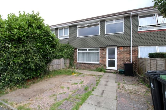 Thumbnail Town house to rent in Medway Road, Ferndown