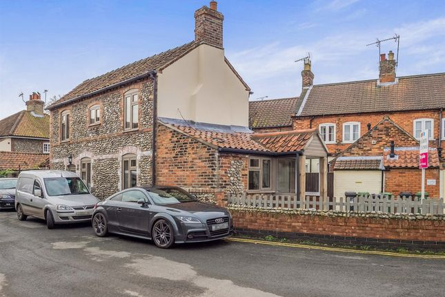 2 bed end terrace house for sale in Mill Street, Holt