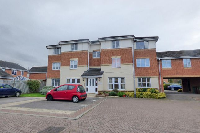 Thumbnail Flat for sale in Swale Approach, Normanton