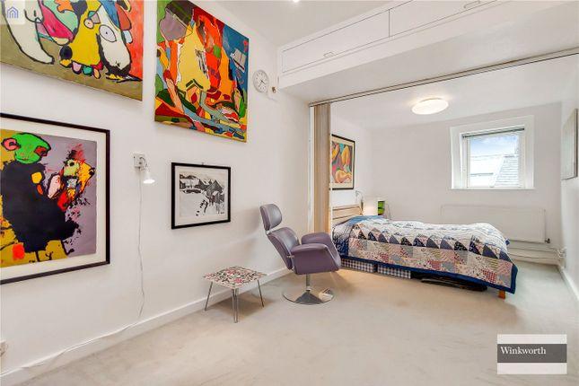 Master Bedroom of Brownlow Mews, London WC1N