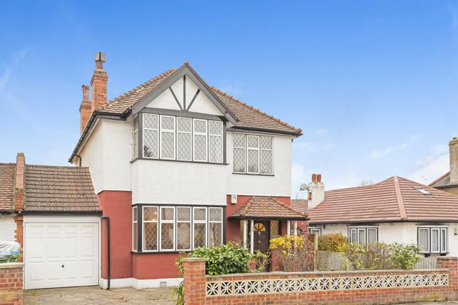 Thumbnail Detached house for sale in Parkview Road, London