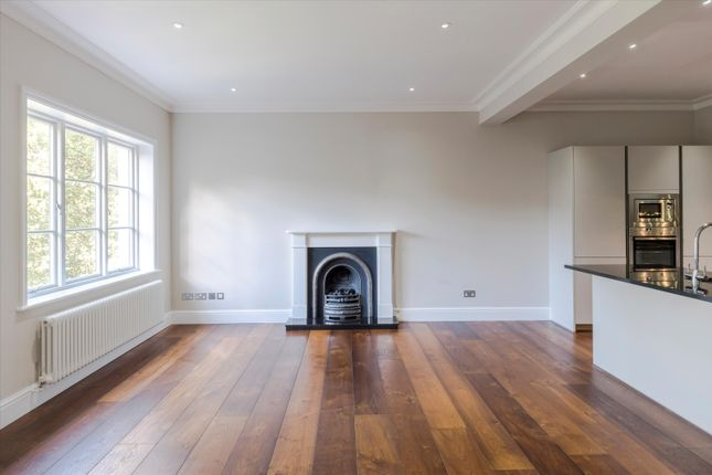 2 bed flat for sale in Westbourne Terrace, London W2