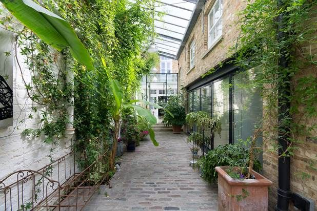 Thumbnail Property for sale in St Stephen's Yard, London