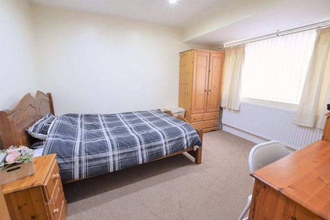 Photo 11 of Court Close, Kidlington OX5