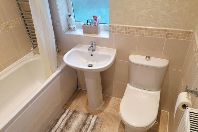 Family Bathroom of North Avenue, Coalville, Leicestershire LE67
