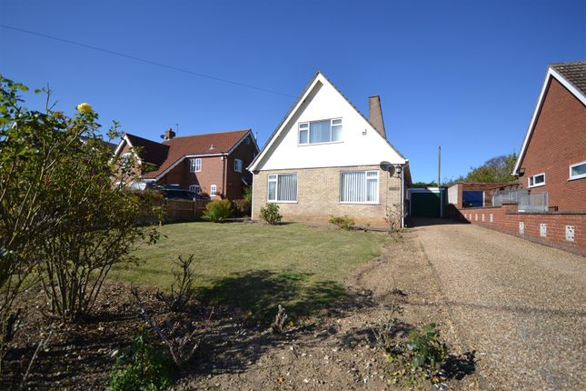 Thumbnail Detached bungalow for sale in Stoke Holy Cross, Norwich