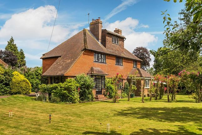 Thumbnail Detached house for sale in High Drive, Woldingham, Caterham