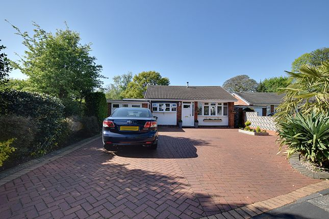 Thumbnail Bungalow for sale in Enderley Close, Walsall, West Midlands