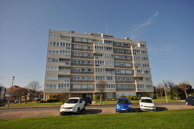 Thumbnail Flat for sale in Esplanade, Frinton-On-Sea