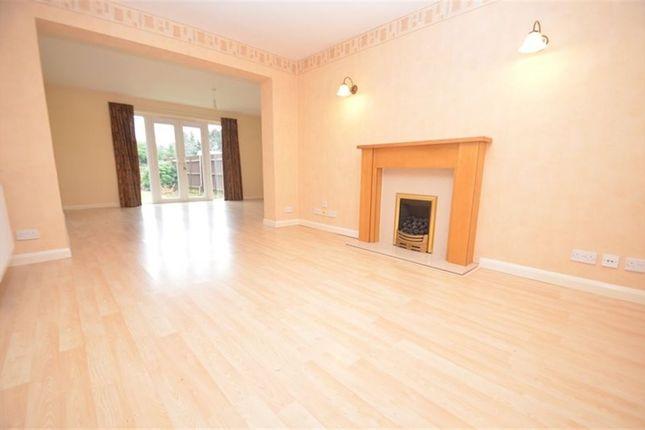 Thumbnail Property to rent in Greenacres Avenue, Ickenham