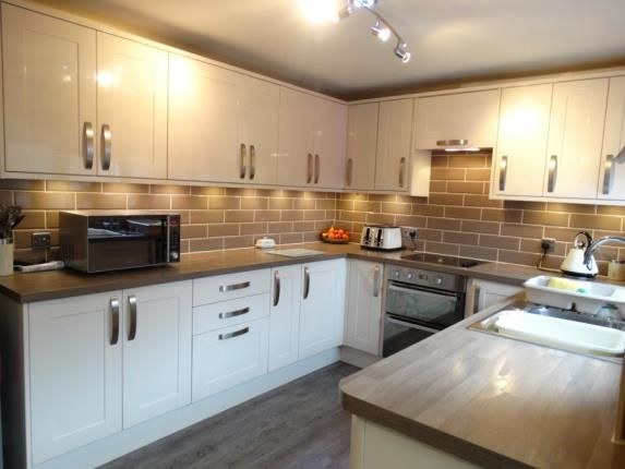 Thumbnail Terraced house for sale in Don Court, Witham
