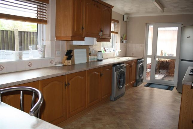 4 bed detached house for sale in Waveney Road, Bungay