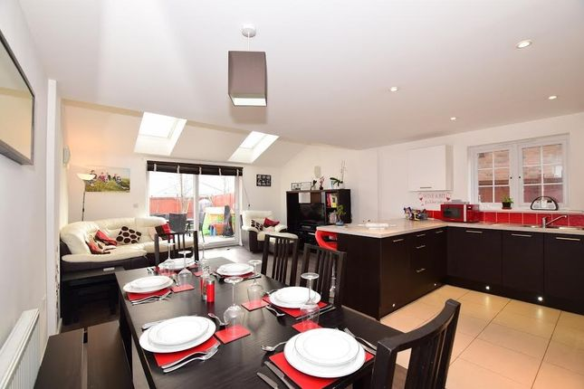 Thumbnail Terraced house to rent in Higham Avenue, Snodland