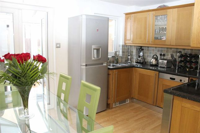 2 bed property for sale in St. James's Road, London